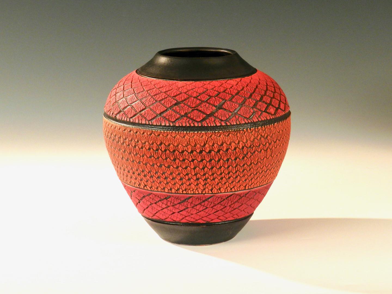 Tri-Red Diamond Globe