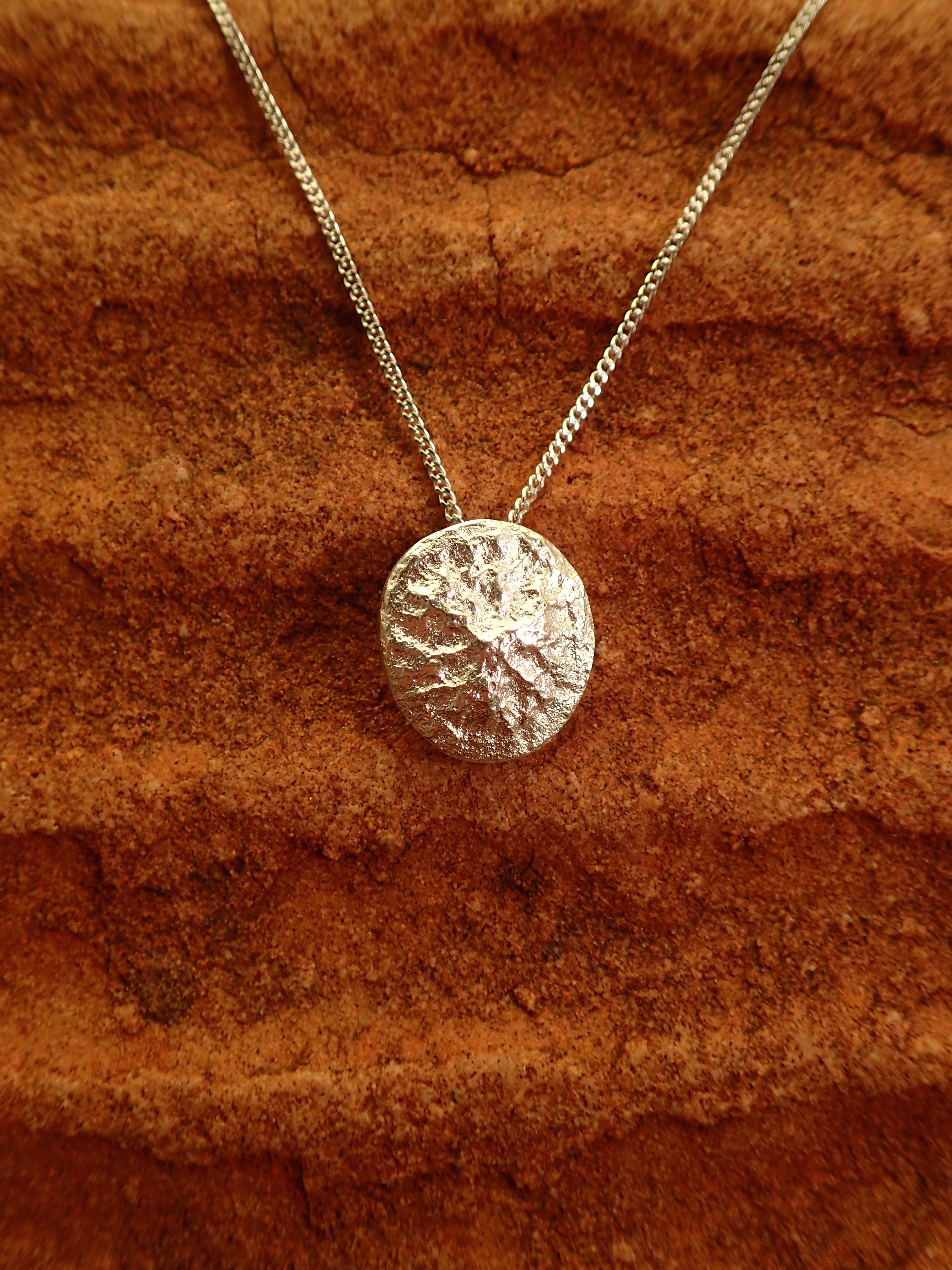 Silver Rugo pendant