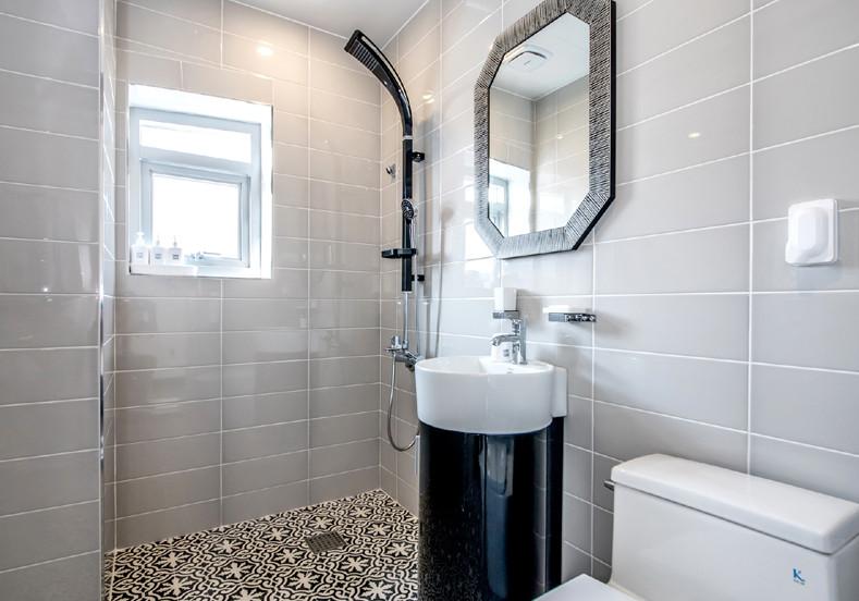 모바일-화장실.jpg