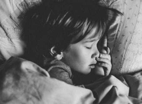 Best Essential Oil Recipe to Help Kids Sleep Peacefully (Finally)