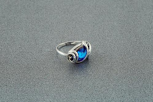 Bermuda Teardrop Ring