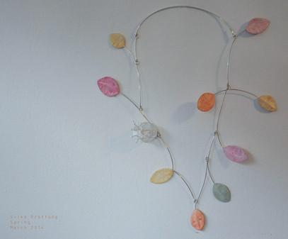 Spring- Blätterkette