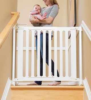 top stair baby gate.png