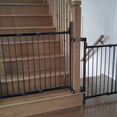 Baby Gate for Up and Down the Stairs