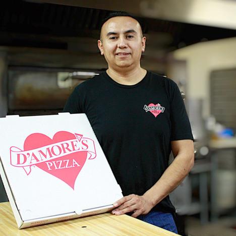 D'Amores Pizza