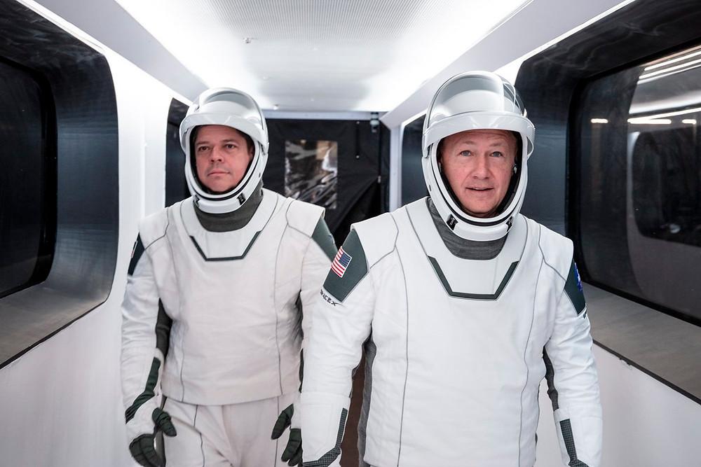 Astronauts Behnken and Hurley Suited Up
