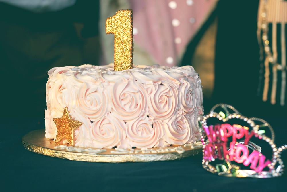 Birthday cake, swirl one year candle