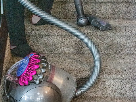 How to Keep Allergies at Bay With These Cleaning Tips (Summer Edition)