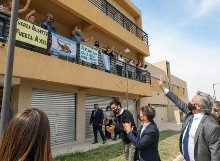 """Fernández: """"Por razones que uno no logra entender, encontré 11 mil viviendas sin terminar al asumir"""""""