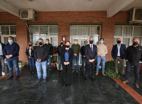 Intendentes se reunieron con Alak y Larroque para analizar la situación de la toma de Guernica