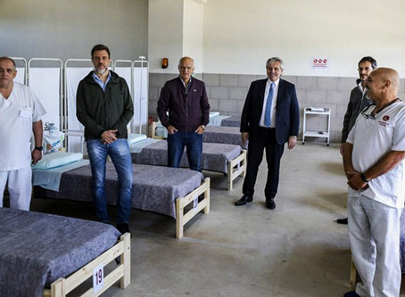Coronavirus sin grieta: Alberto Fernández recorrió un hospital de campaña junto a Grindetti en Lanús
