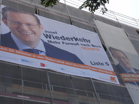Wahlkampf perfekt ... mit bedruckten Netzen zum Erfolg.