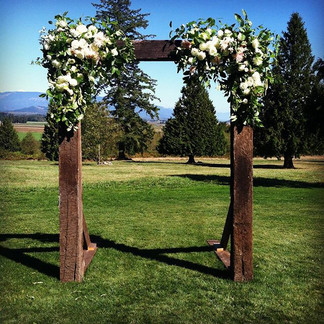 wedding season going out with a bang! #flowers #wedding #bellingham