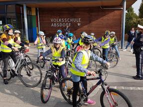 Freiwillige Radfahrprüfung der 4.Klassen