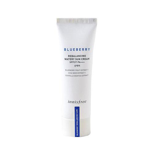 Innisfree. Blueberry Rebalancing Watery Sun Cream SPF 45. Солнцезащитный крем