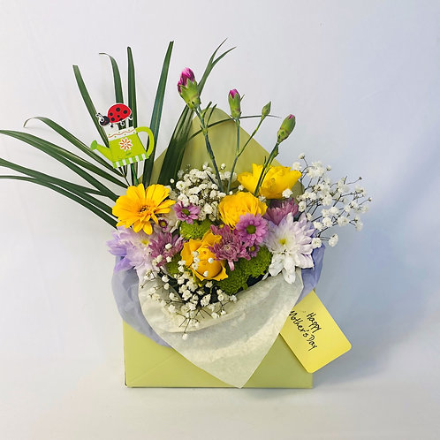 Green Mother's Day Envelope Flower Box