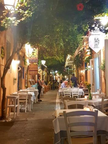 Castello Restaurant Rethymynon.jpg