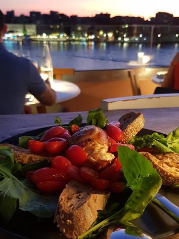 Pallas restaurante.jpg