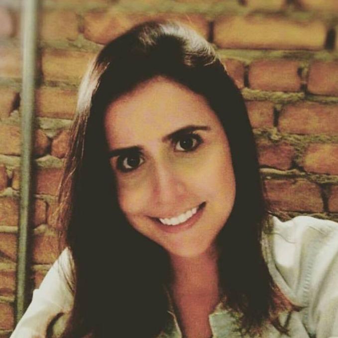 Me. Laura Rocha