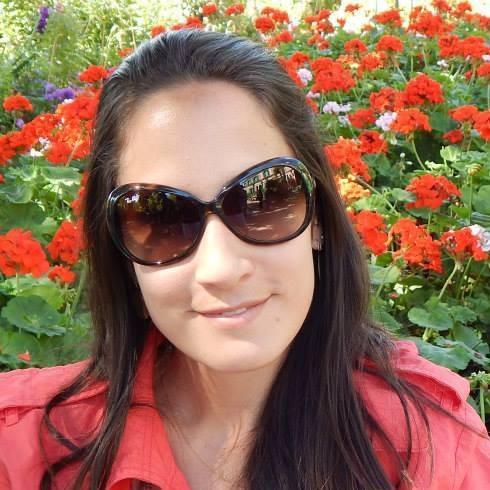 Me. Andrea Ribela Naito