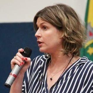 Dra. Liane Dahás