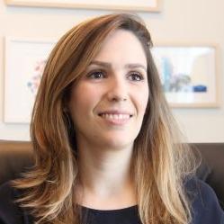 Dra. Adriana Fidalgo