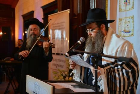 Известный скрипач Даниель Ахавиель и кантор Шнеур Залман Бомгартен из Нью-Йорка