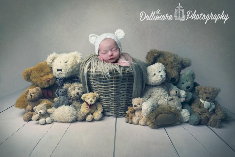 award-winning-newborn-photographer.jpg