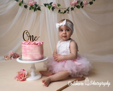 baby-girl-cake-smash.jpg