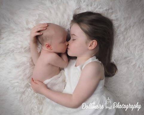 newborn-silbing-photography.jpg