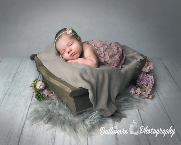 Cheshire-newborn-photographer.jpg