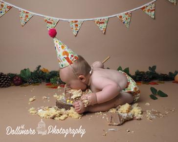 cake-smash-Cheshire.jpg