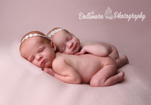 dollimore-photography-newborn-twins-ches