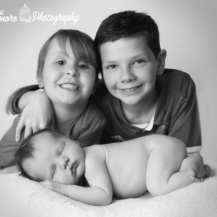 dollimore-photography-baby-siblings-chester