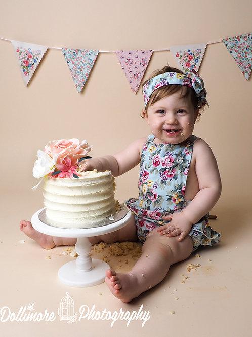 Birthday Cake Smash Session Gift Voucher