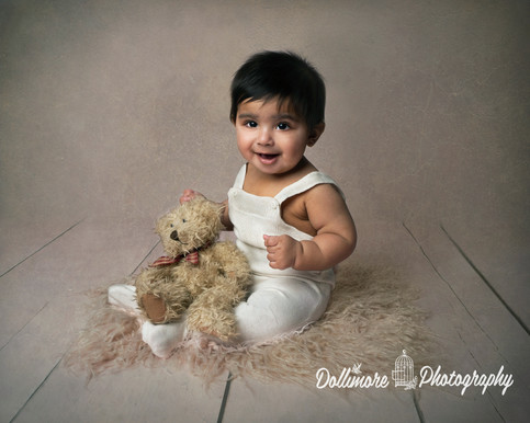 qualified-baby-photographer.jpg