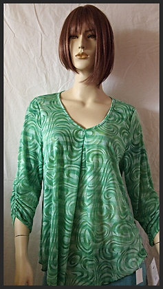 Green top by Cubism size xlarge
