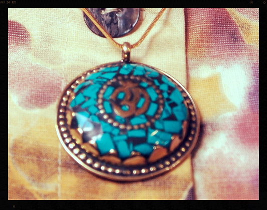 BEAUTIFUL NECKLESS FROM THAILAND!