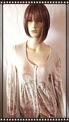 Adorable cardigan by Cubism size large