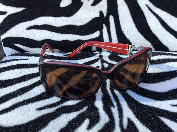 Rebelde Heart Decal Sun Glasses