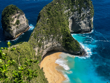 Nusa Penida Island, Indonesia: Scooter Rides with Locals, Subterranean Temples and Jurassic Beaches