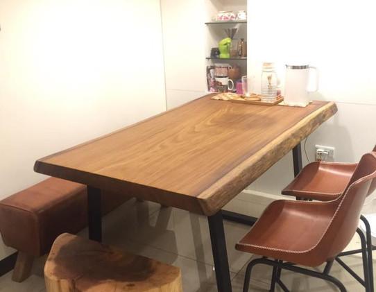 香杉餐桌椅