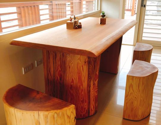 香杉原木桌椅