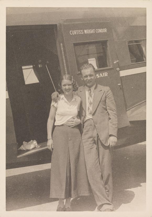 Nelly Diener mit Bordfunker Hans Daschinger