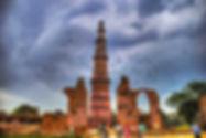 Qutub_Minar_in_the_monsoons_201709081152