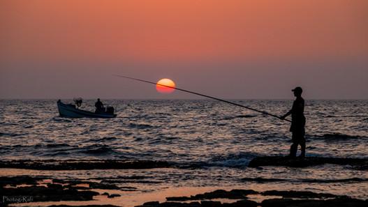 Jisr az-Zarqa beach