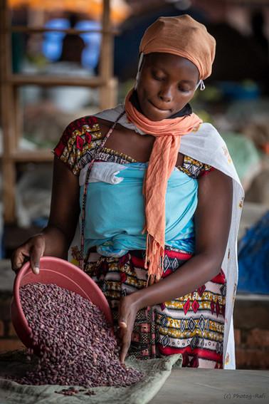 Rwandan girl.jpg