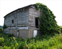 Old Barn (web)