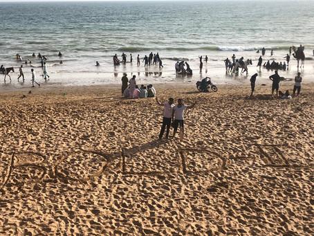 Sunny Sunday at the beach in Karachi