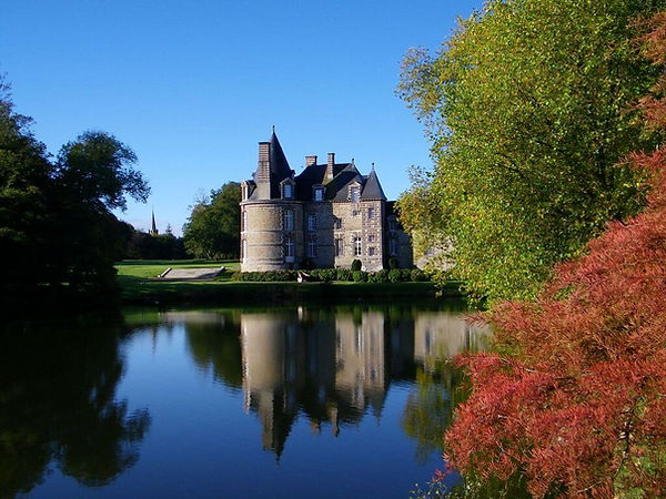 Chateau de Canisy Lake